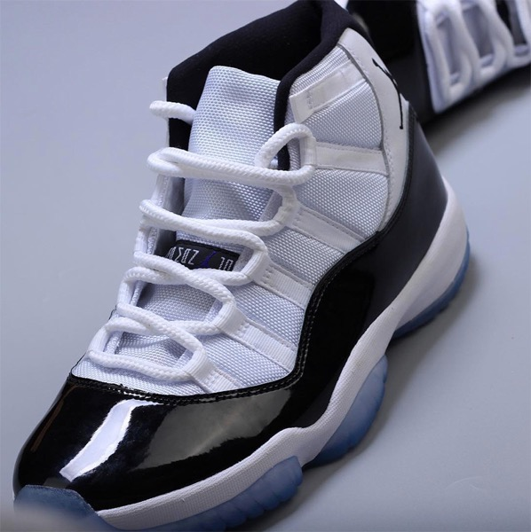 Jordan 11 concord shoes white black 3
