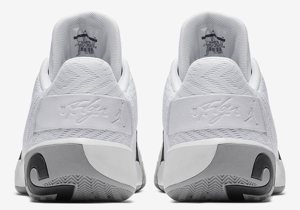 Jordan ultra fly 3 low white ao6224 100 6